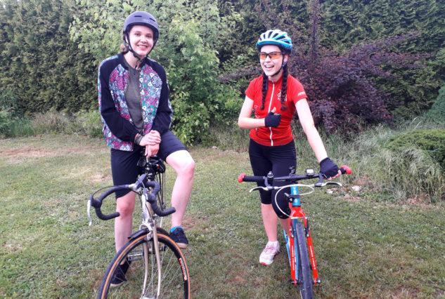 Já mám cyklisty hned dva – přítele a kolegyni.