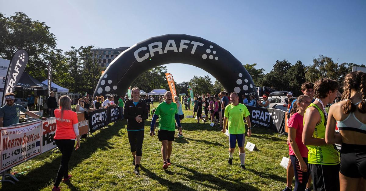 Craft team running