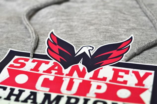 Pánská mikina s kapucí Fanatics Core NHL Washington Capitals Alexander Ovechkin 8