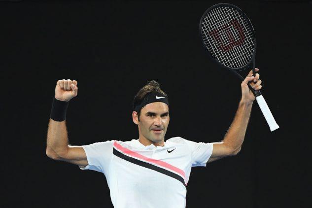 Nestárnoucí Roger Federer sklízí s raketou Wilson Pro Staff RF 97 ovoce dnes a denně.