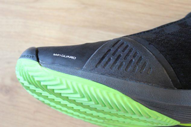 Skin Guard pomůže bojovat proti odření boty na místě kloubu palce.