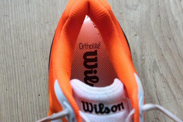 Pohodlnou vložku Ortholite si užijete i v tenisové obuvi Wilson Rush Pro 3.0 Clay.