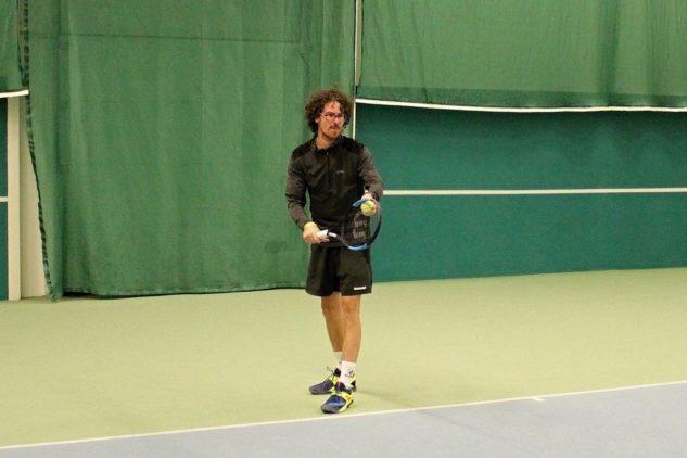 Michal Bayerl testoval tenisovou raketu Wilson Ultra 100 CV 2018
