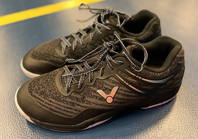 badmintonové boty victor a922 black