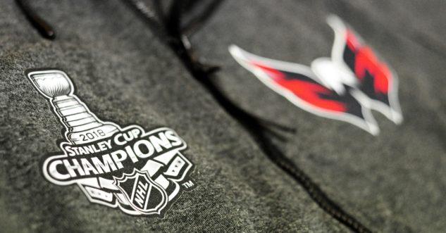 Pánská mikina s kapucí Fanatics Premium FZ NHL Washington Capitals