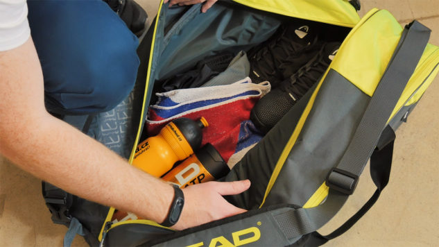 Tenisová taška Head Elite Supercombi 9R je dokonale prostorná.