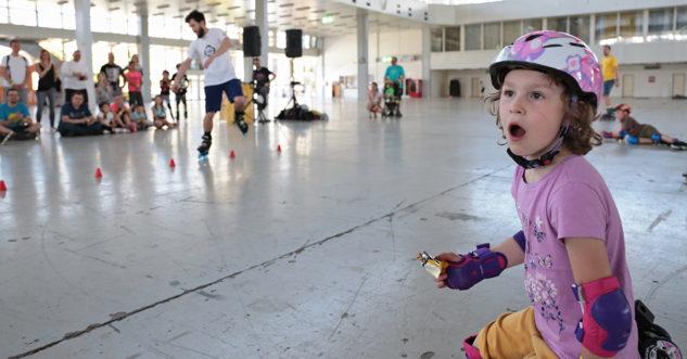 Překvapivý výraz holčičky po vyhlášení výsledků nejlepších inline bruslí Megatestu 2018