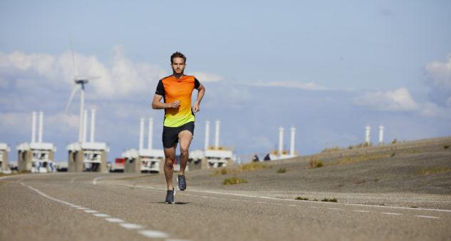 Na tempový tréning voľte terén, ktorý vám umožní bežať rovnomerne.
