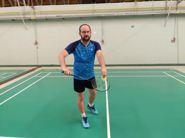 Badmintonová raketa Yonex Astrox 100 ZZ je náročná, ale pokud máte zvládnutou techniku, odvděčí se vám.