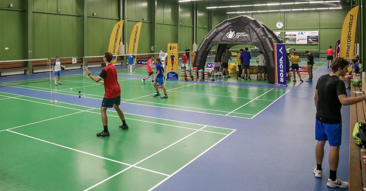 Velké testování badmintonových raket Sprint Brno