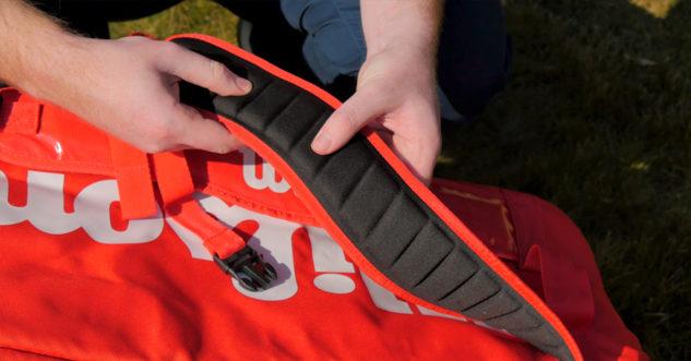 Tenisový bag Wilson Super Tour 2 Large má mimořádně kvalitní polstrování